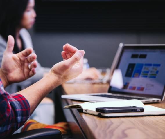 Comunicación empresarial: ¿puede ayudarte el branding corporativo?
