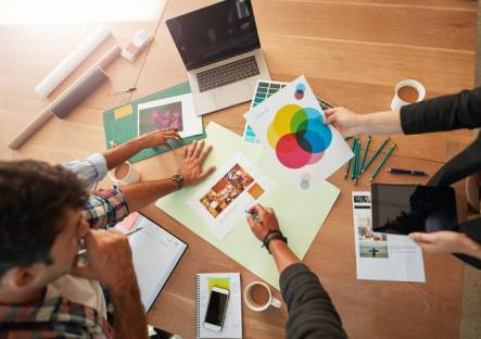 diseño y edición de publicaciones impresas y multimedia
