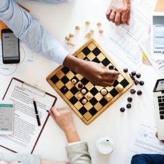 Cómo activar y gestionar la estrategia digital de una marca tras su definición