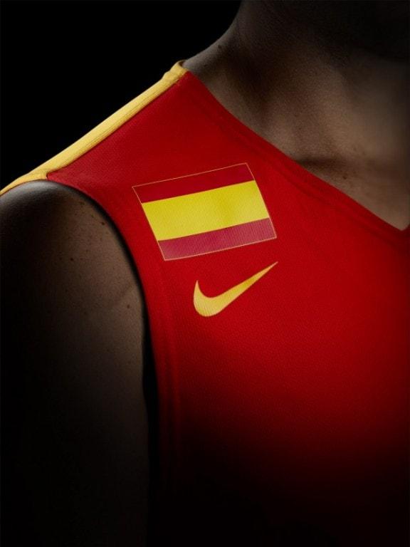 Nueva camiseta diseñada por Nike para la selección española de baloncesto.